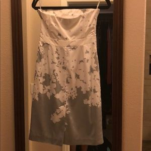 Soft floral dress. small mark on back bottom shown